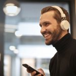 Top 10 Best Headphones For Airplane Travel Under $100 in 2020 – Reviews