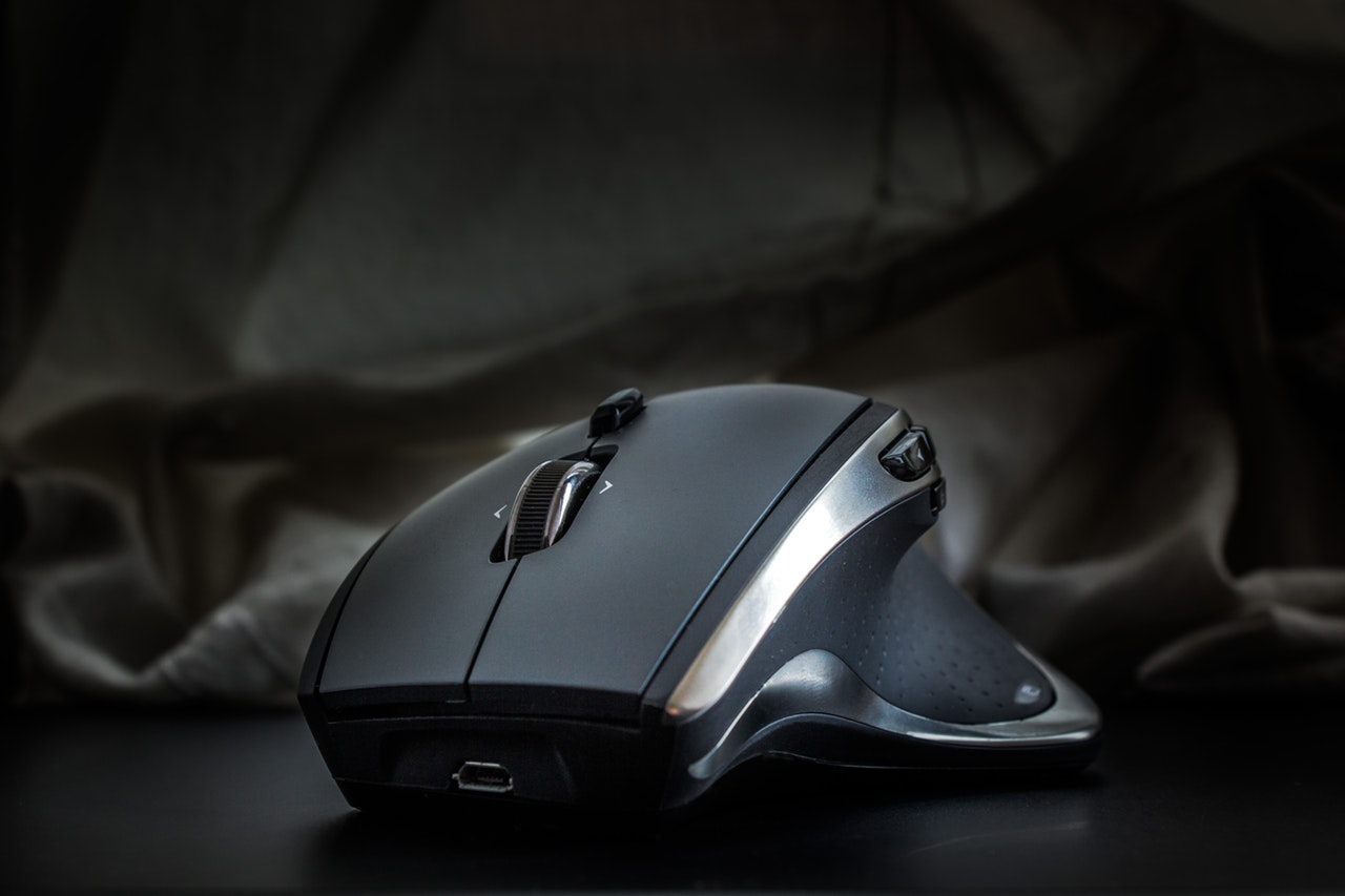 The Top 8 Best Fingertip Grip Mouse in 2019 – Reviews and Comparison