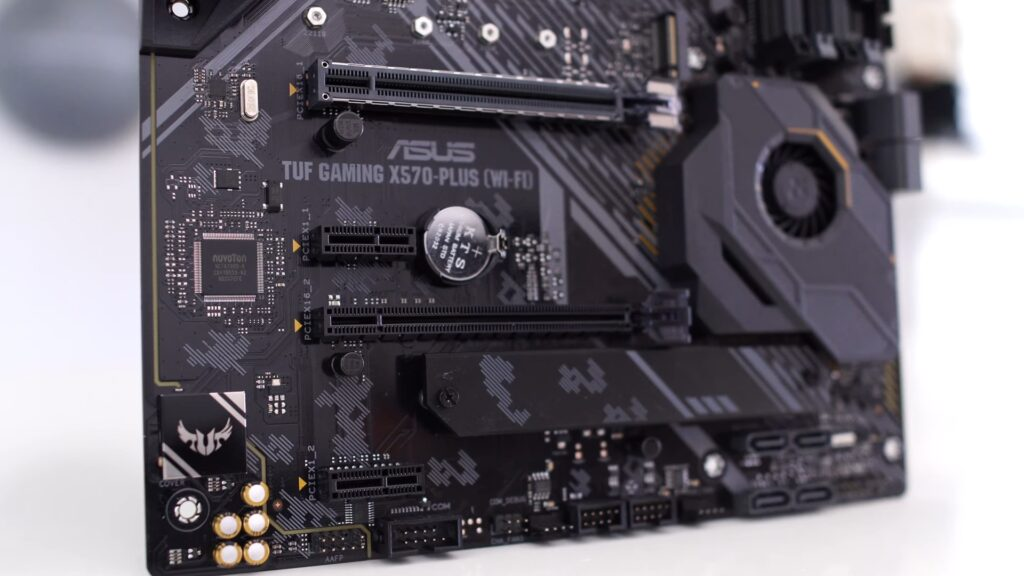 Motherboard PCIe and M2 Slots
